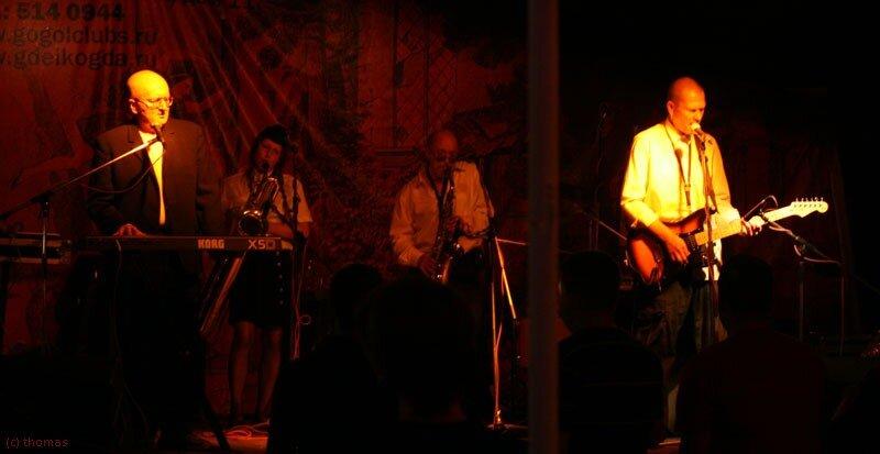 AVIA 2010