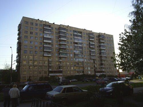 Будапештская ул. 77