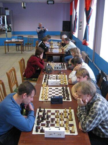 Седьмой шахматный турнир посвященный В.В.Сагалатову начался-IMG_6543.JPG