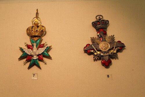 Большой крест ордена Сокола и Знак ордена Кароля I