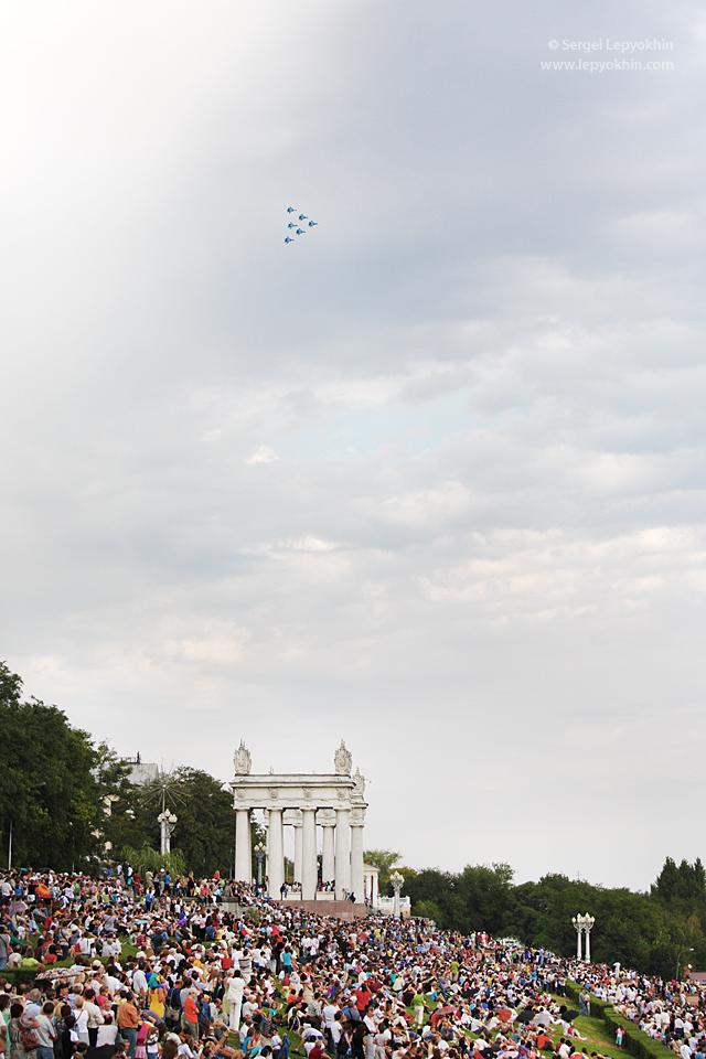 День города 2010. Авиашоу в Волгограде. Русские Витязи. Стрижи. Соколы России.