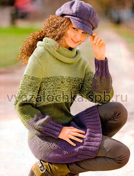 Удлинённый пуловер с широкими полосами спицами