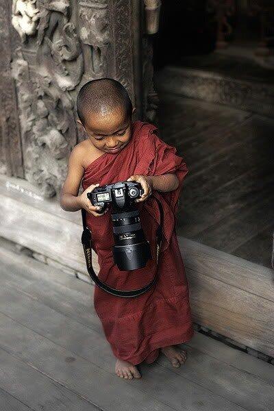 мальчик и камера