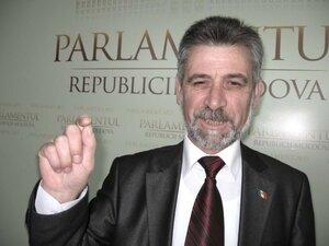 ЛДПМ поддерживает инициативу всенародных выборов президента