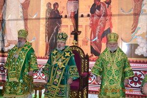 Zi de mare sărbătoare: sfântul Serghie a venit la noi. S-a săvârșit Drumul Crucii și sfânta Liturghie.