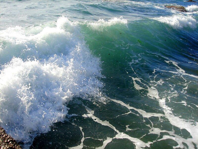 Крым,Чёрное море,волны