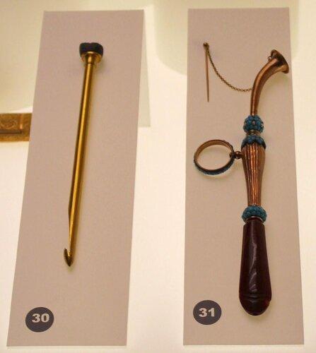 Крючок для вязания и мундштук