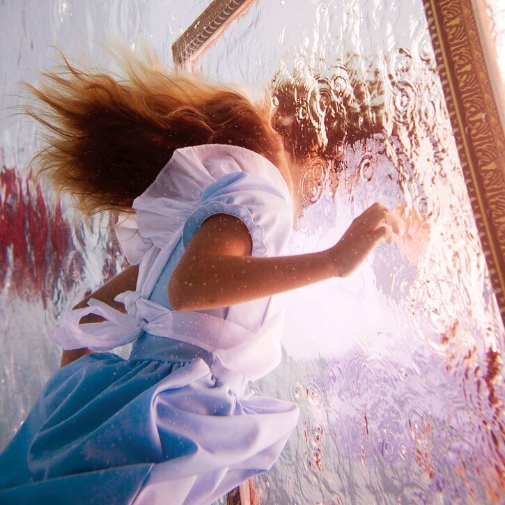 Alice in Waterland by Elena Kalis