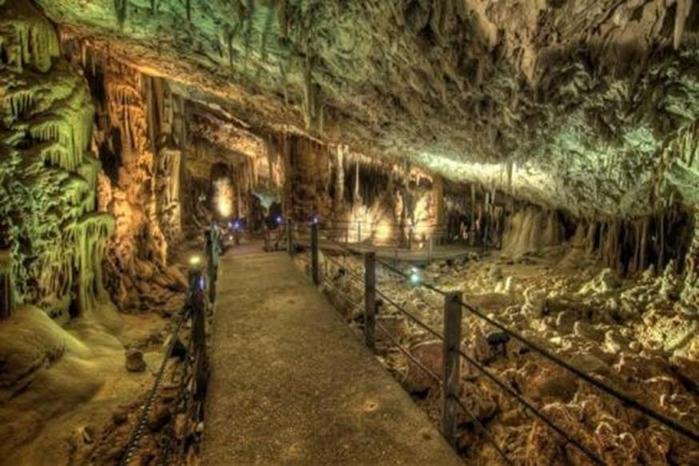 Сталактитовая пещера Сорек (заповедник в Израиле)