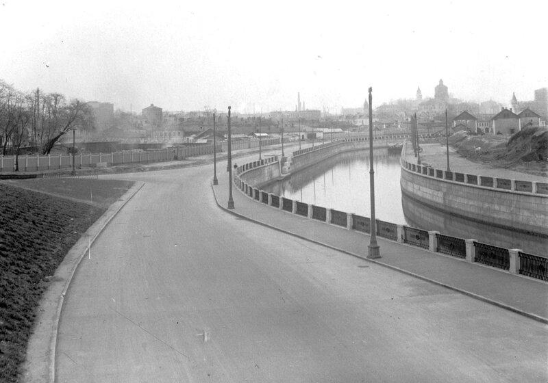 Строительство новых мостов и набережных на Яузе