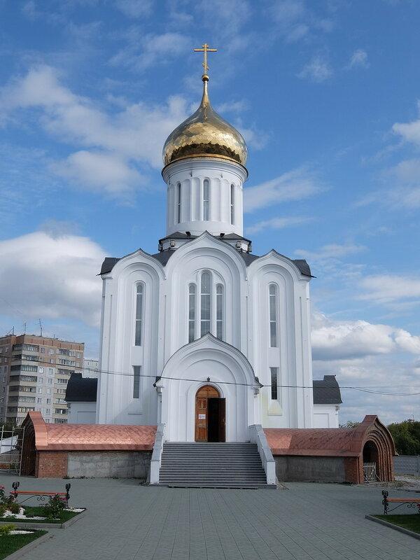 Новосибирск - Храм в честь Святых Новомучеников и Исповедников Российских