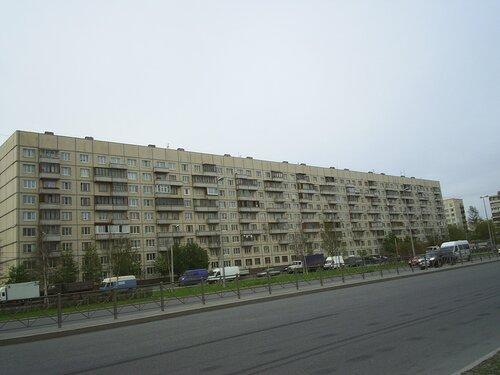 Дунайский пр. 38