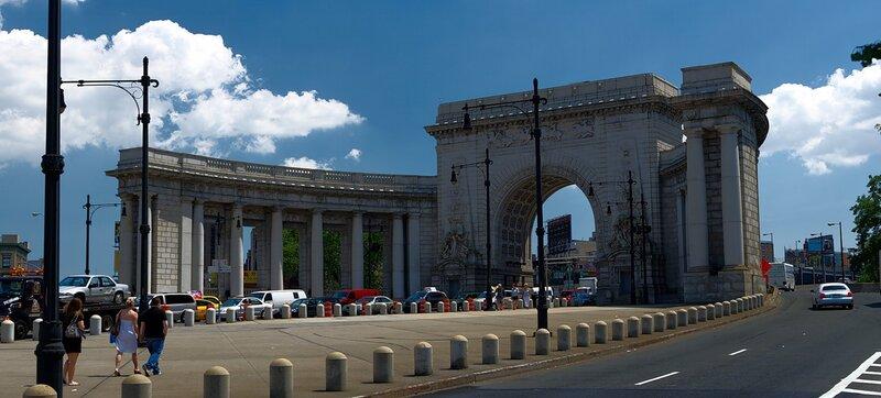 Портал Манхэттенского моста