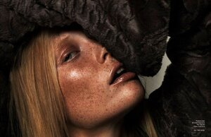 Claudia by Henrik Adamsen in Schon! Magazine