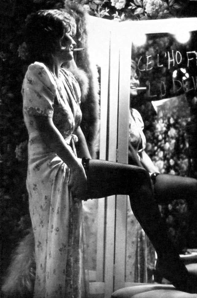 Claudia Cardinale  mirror.jpg