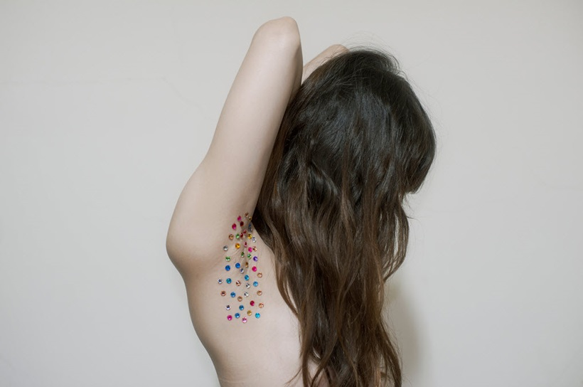 Очень странные фотографии женского тела из Тайваня 0 13d0c3 e9313d6e orig
