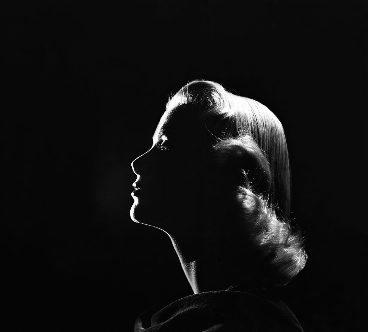 Grace Kelly's Portraits by Loomis Dean