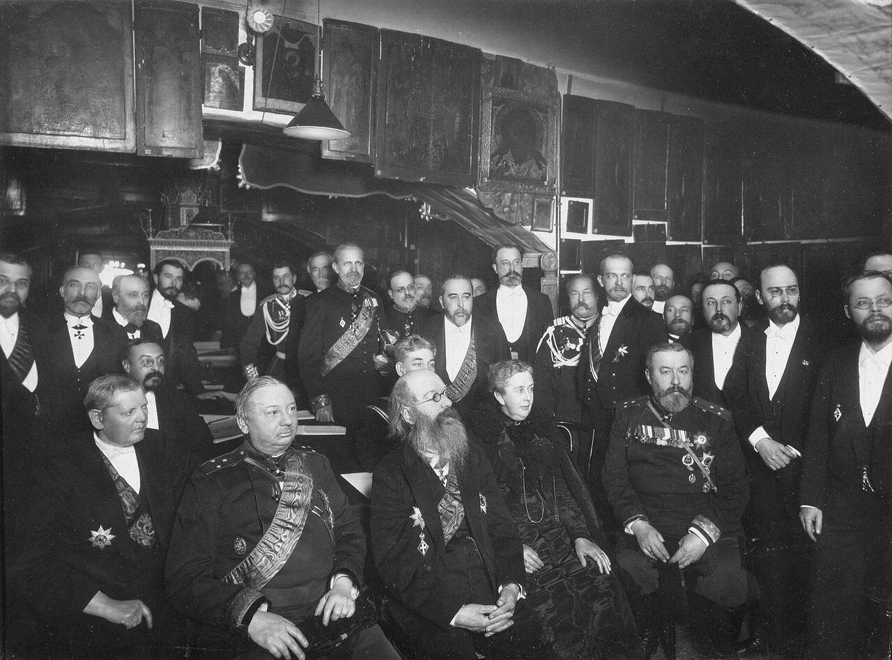 Заседание членов Общества любителей древней письменности.1916