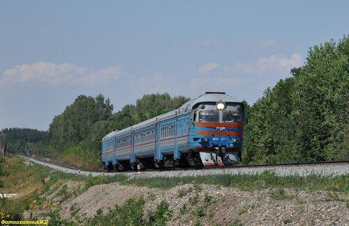 Дизель-поезд ДР1А-307 сообщением УФА - СТЕРЛИТАМАК на перегоне САХАРОЗАВОДСКАЯ - ТАЗЛАРОВО