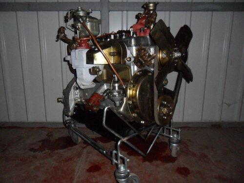 Это двигатель от ГАЗ-21 1956г.