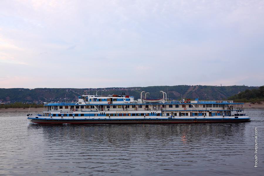 24 августа 2010 19:13. Дизель-электроход «Булгария» в Жигулях