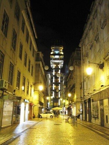Лиссабонная Байша ночью и утром