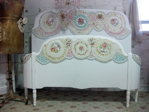 Мебель с мозаикой