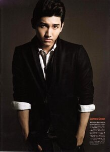 [27.09.2010]Changmin in Vogue Nippon  0_4474d_bfbf428d_M