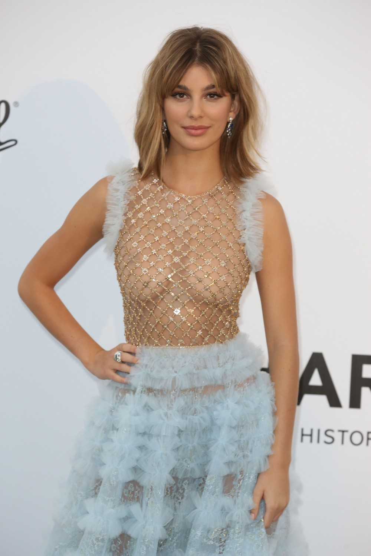 Камила Морроне в просвечивающем платье
