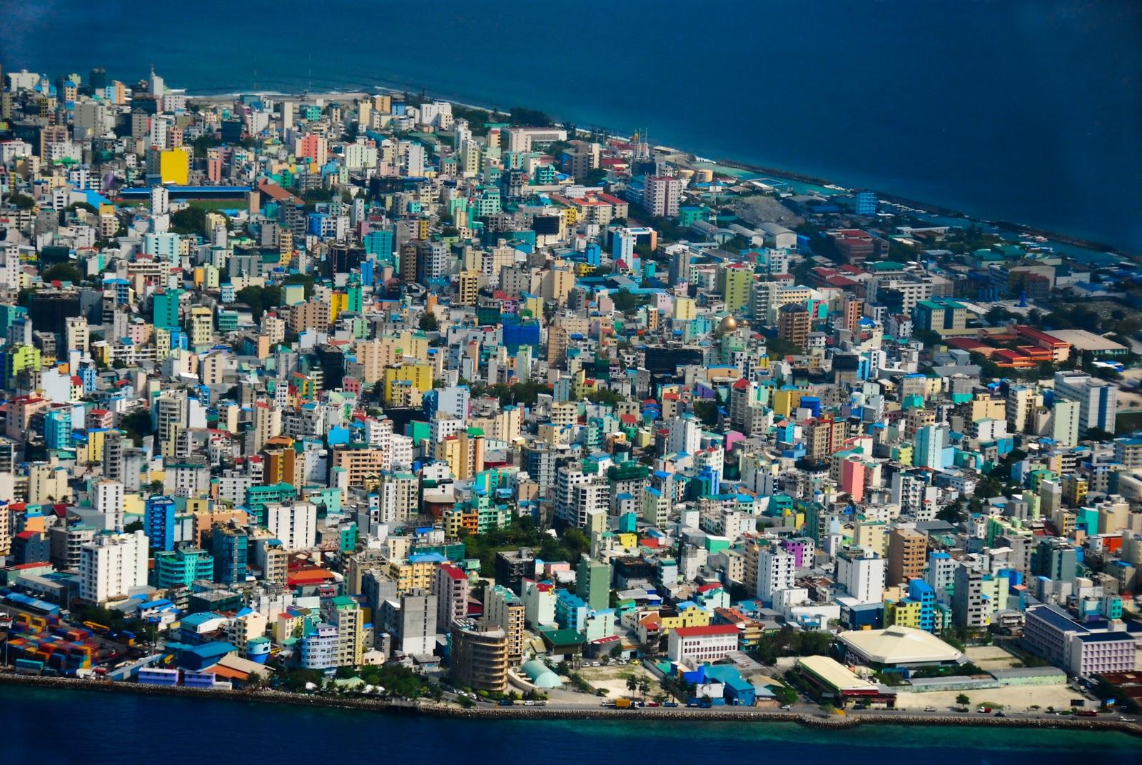 Мале - мегаполис посреди океана