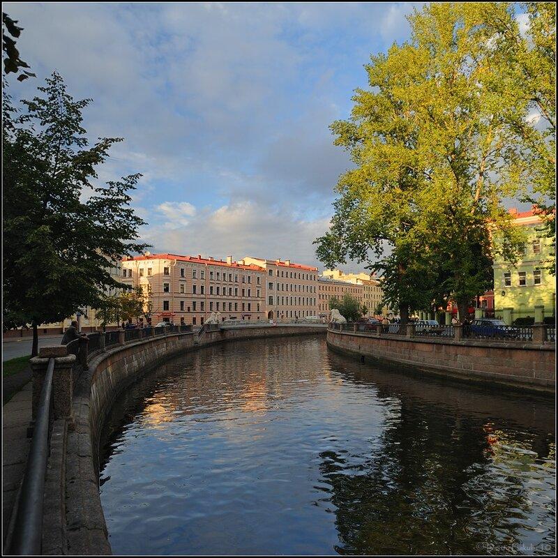 Ранняя осень на Грибоедова