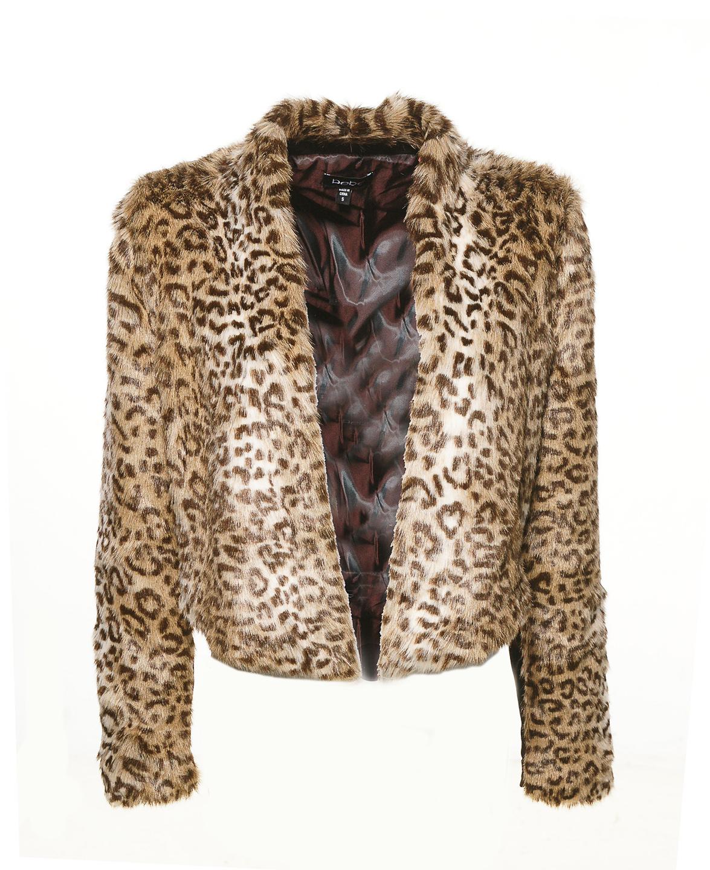 качественная фотосъемка платьев, курток и брюк