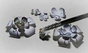 Бумажные цветы для открыток