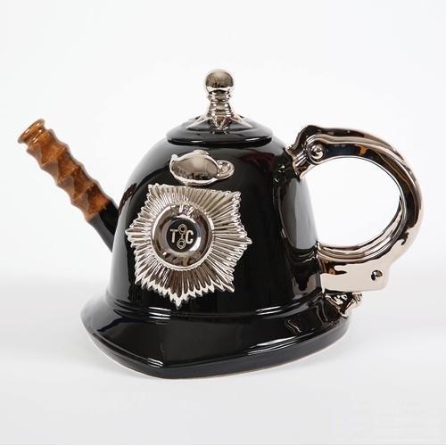 Невероятные фантастические чайники