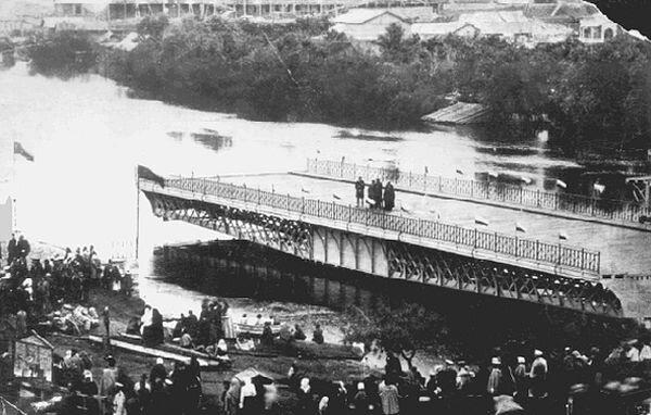 Развод Железного моста в Омске
