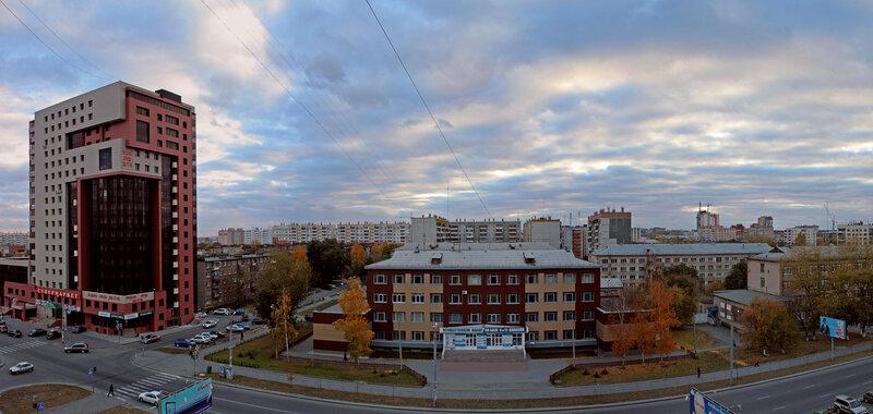 Челябинск, панорама. улица Курчатова. высотка (Курчатова 5В), Экономический колледж. ЧЭК (Курчатова 7)