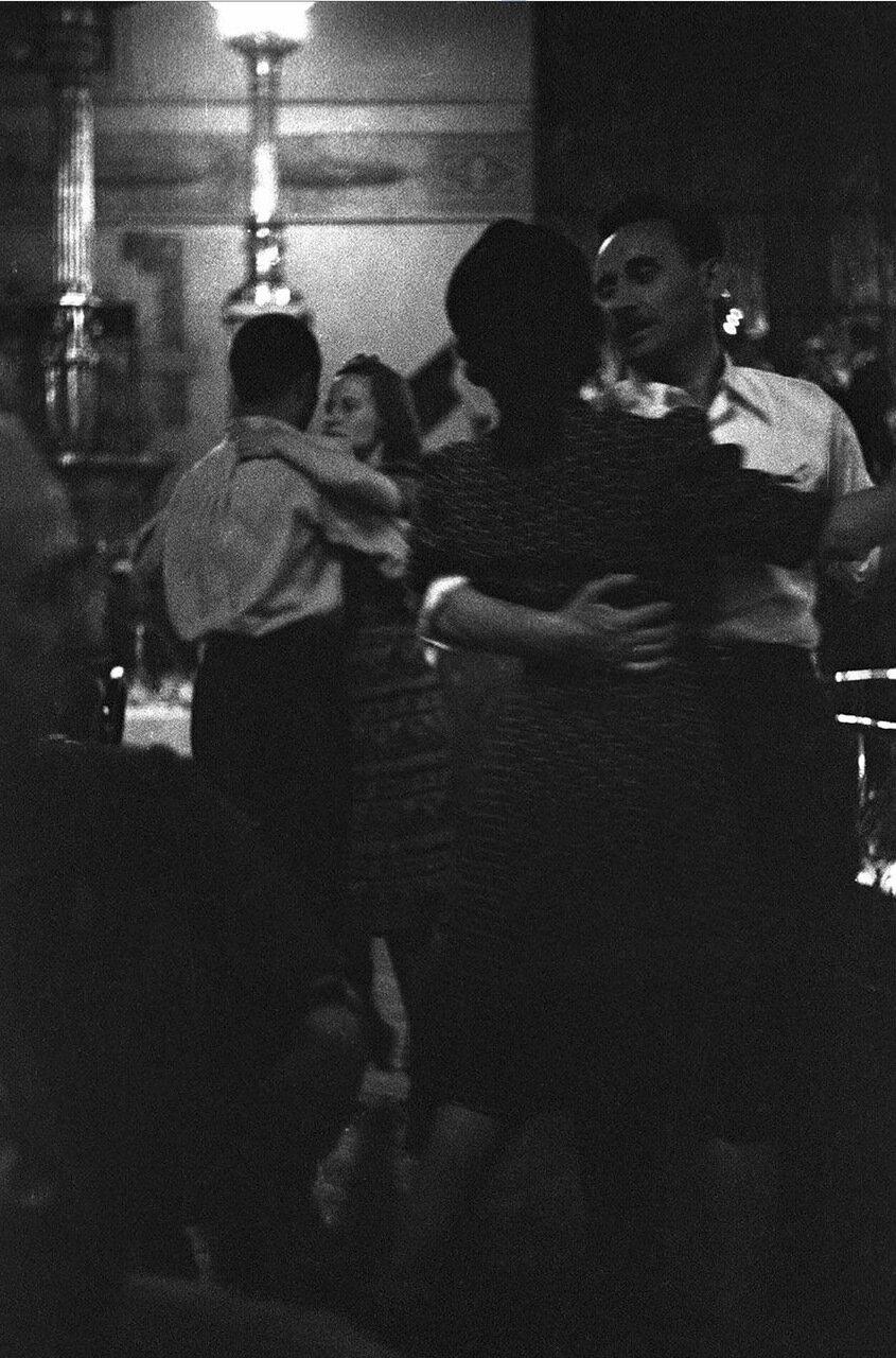 19. Метрополь. Танцующие пары в ресторане гостиницы