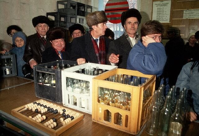 1991-Moscow, Food Lines