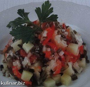 Cалат картопляний з морською капустою
