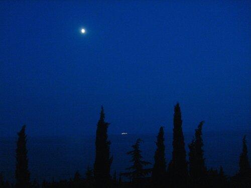 Крым,Чёрное море,горы,вечер и ночь