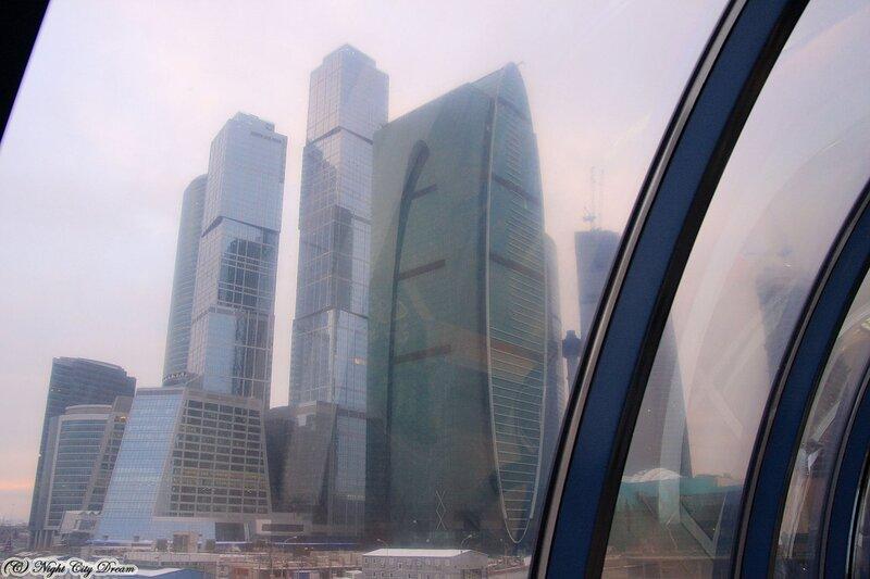 http://img-fotki.yandex.ru/get/4606/night-city-dream.81/0_430ee_2696d59b_XL.jpg