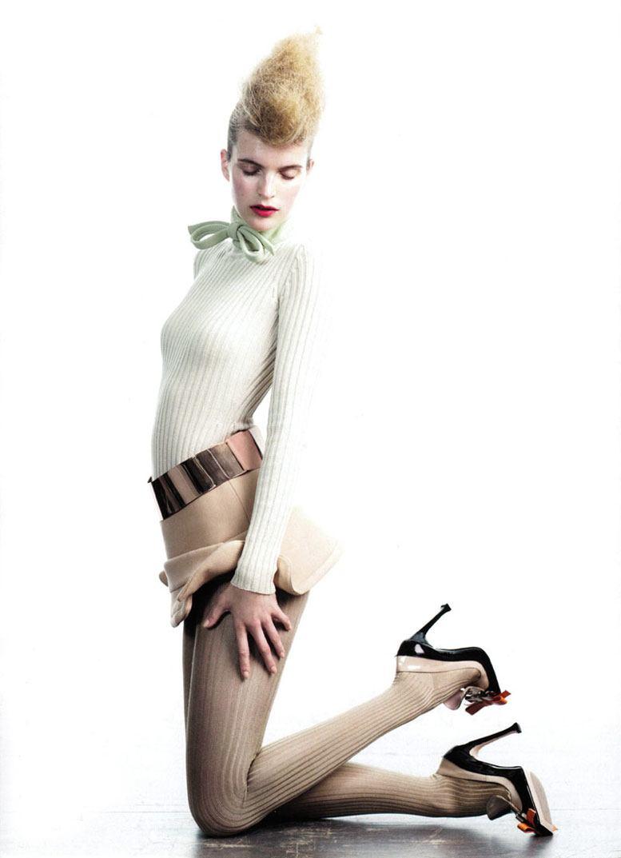 модель Мирте Маас / Mirte Maas, фотограф Willy Vanderperre