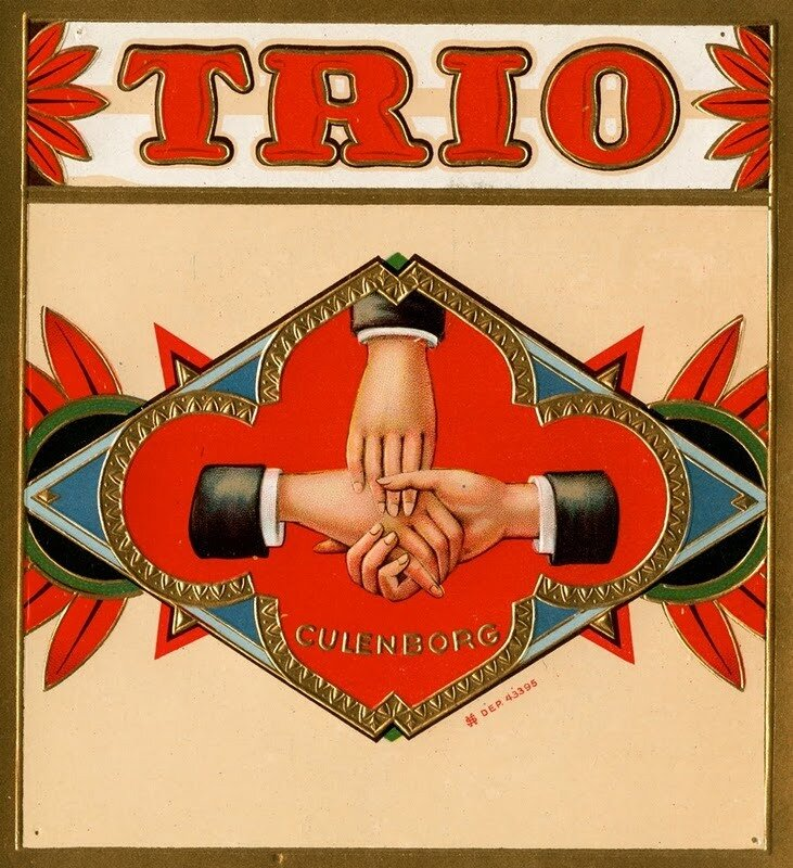 """Старинная этикетка для сигар """"Trio"""""""