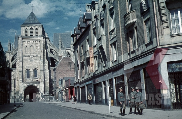 stock-photo-basilica-in-saint-quentin-france-1940-9073.jpg