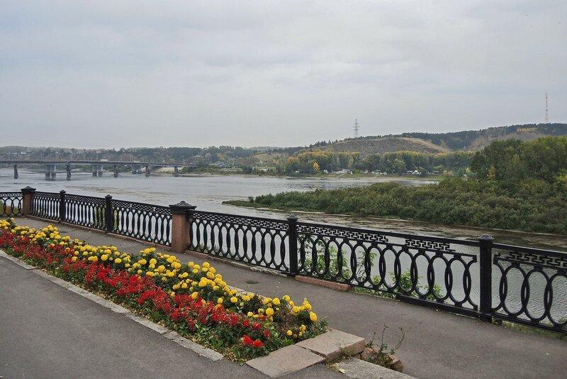 Набережная Томи и Кузнецкий мост