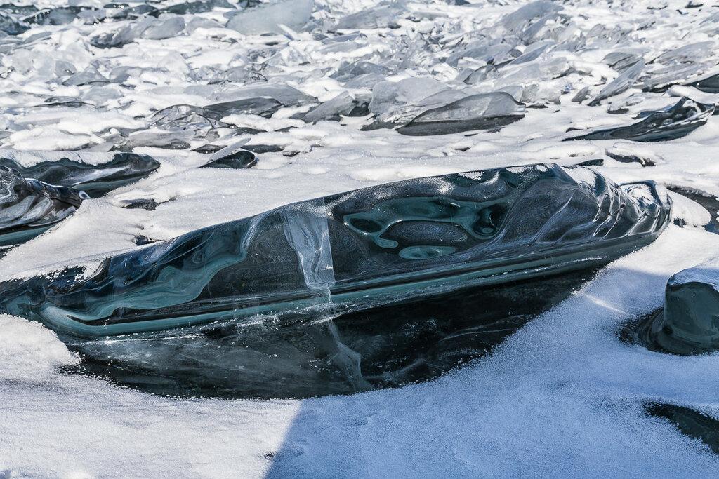 НЛО. Пришелец (лед Байкала)