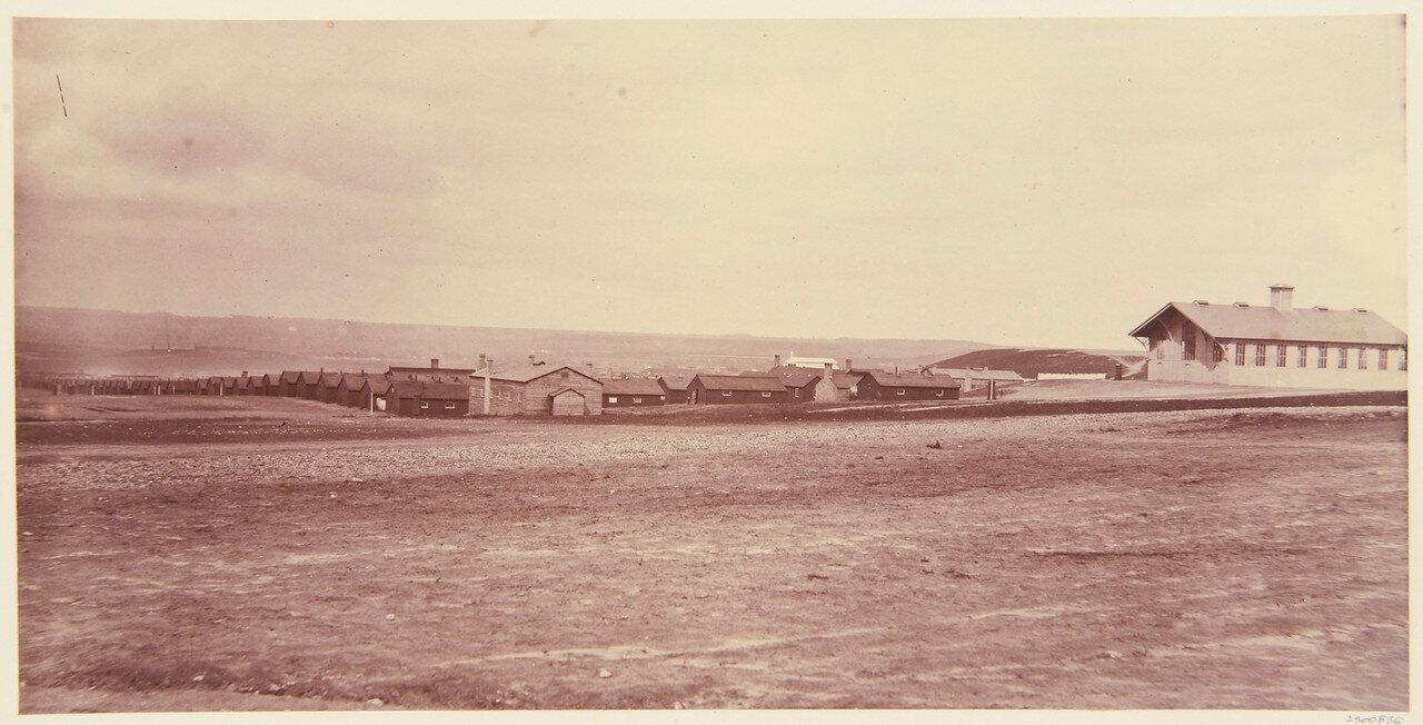 Часовня и солдатские казармы