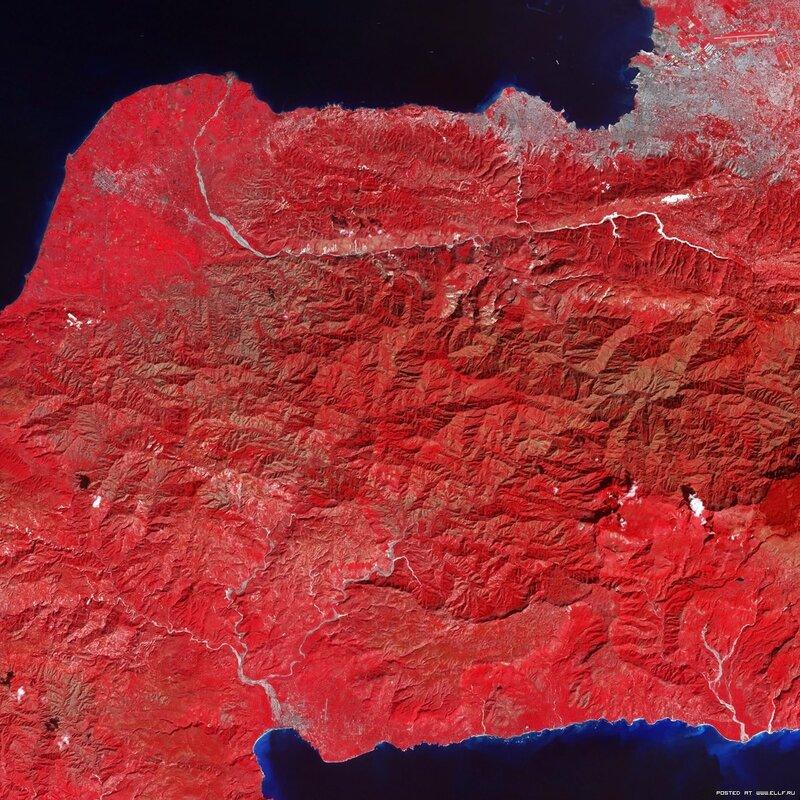 21. Ущерб автершоков землетрясения на Гаити