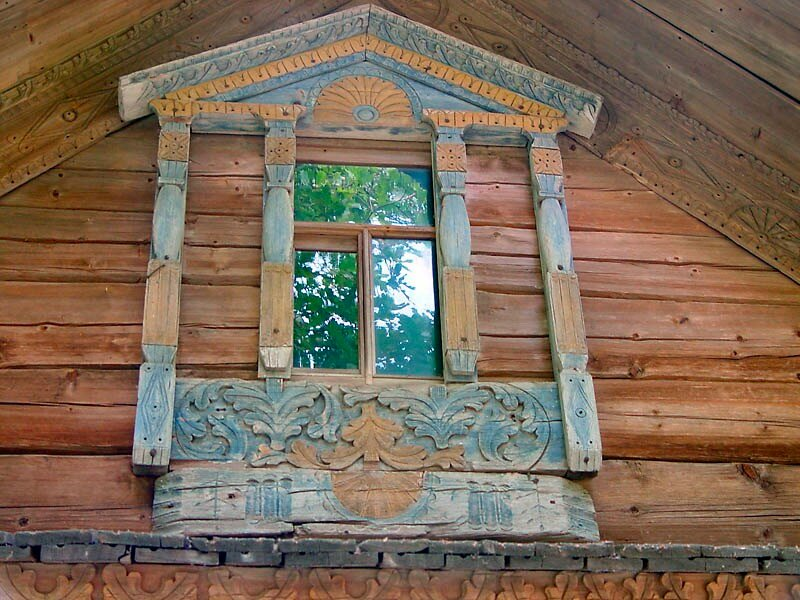 Музей деревянного зодчества на Щёлоковском хуторе в Нижнем Новгороде.  Изба Обуховой, середина 19 века.