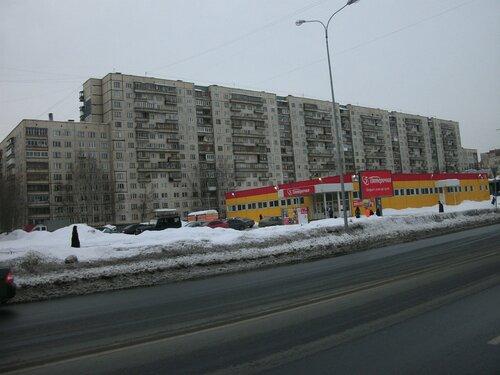 Искровский пр. 3